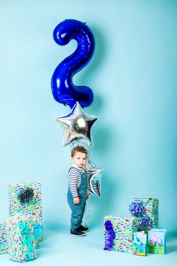 baby kid birthday photoshoot family