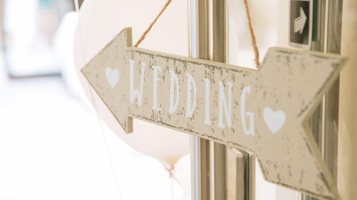 hiroarts_wedding_signs