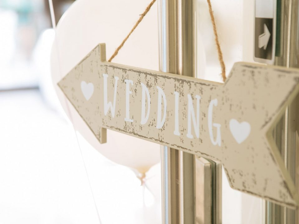 hiroarts_wedding_signs