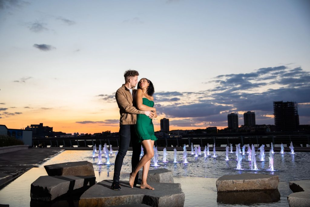 Woolwich arsenal Riverside couple photos by Hiro Arts Photography